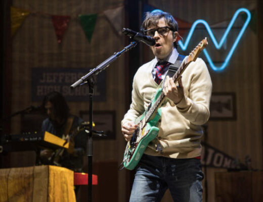 Weezer And Pixies Perform At Shoreline Amphitheatre